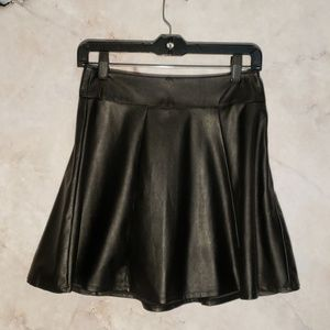 Dresses & Skirts - 🎃 3 for $20 🎃 Leather Skirt